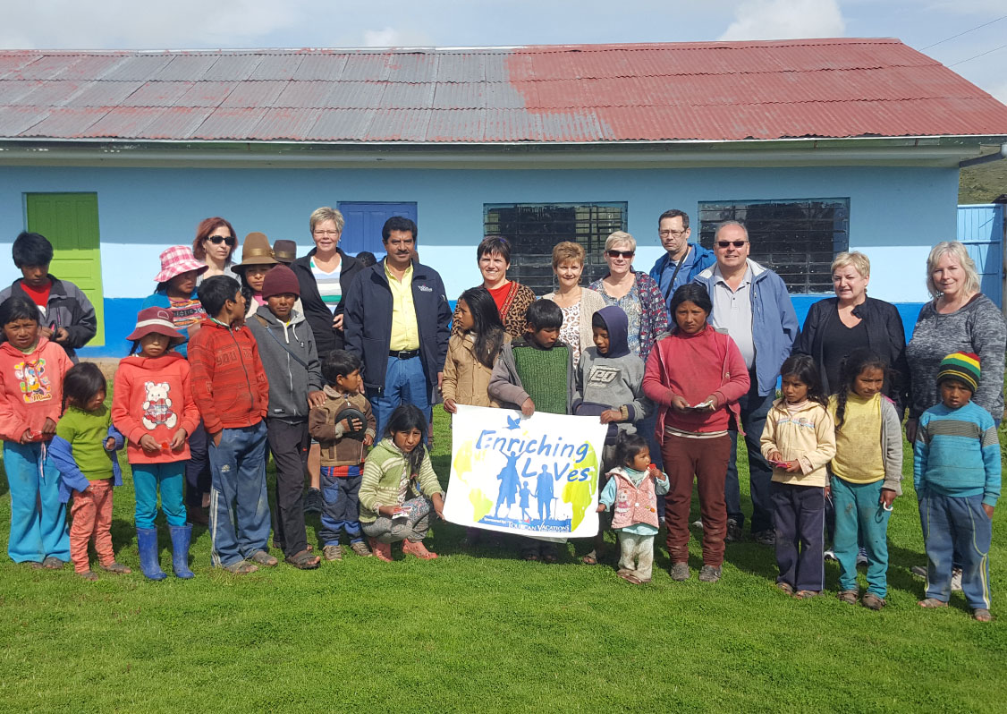 enriching-lives-international-relief-program-peru-comunidad-de-ayllacca-accoccay-village7